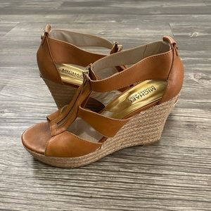 Micheal Kors leather upper rubber outsole wedges